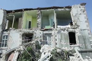 Μυτιλήνη: Σε φορτισμένο κλίμα ο εορτασμός της Αγίας Μαρίνας στη σεισμόπληκτη Βρίσα!