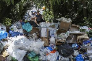 Χανιά: Συμφωνία για τα σκουπίδια του αεροδρομίου – Τι προβλέπει η σχετική απόφαση…