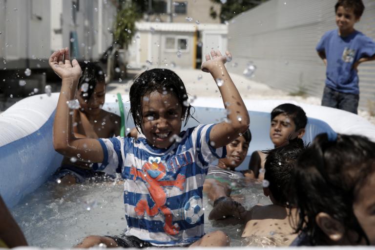 Βόρειο Αιγαίο: Έσπασε το φράγμα των 10.000 εγκλωβισμένων προσφύγων σε Λέσβο, Χίο και Σάμο! | Newsit.gr