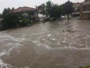 Καιρός: Η Μέδουσα »βούλιαξε» τη Σιθωνία της Χαλκιδικής – Πλημμύρες και πτώσεις βράχων [pic]