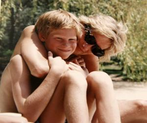 Πριγκίπισα Νταϊάνα: Χάρι και Γουίλιαμ μετάνιωσαν για το τελευταίο τηλεφώνημα!