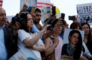 Υπόθεση δημοσιογράφων Cumhuriyet: «Καφκική» δίκη καταγγέλλουν οι Δημοσιογράφοι Χωρίς Σύνορα