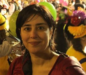 Σύρος: Η Μαρία Δεναξά επανέρχεται μετά την ανάρτηση της ταβερνιάρισσας – Η απόδειξη που άναψε φωτιές [pics]