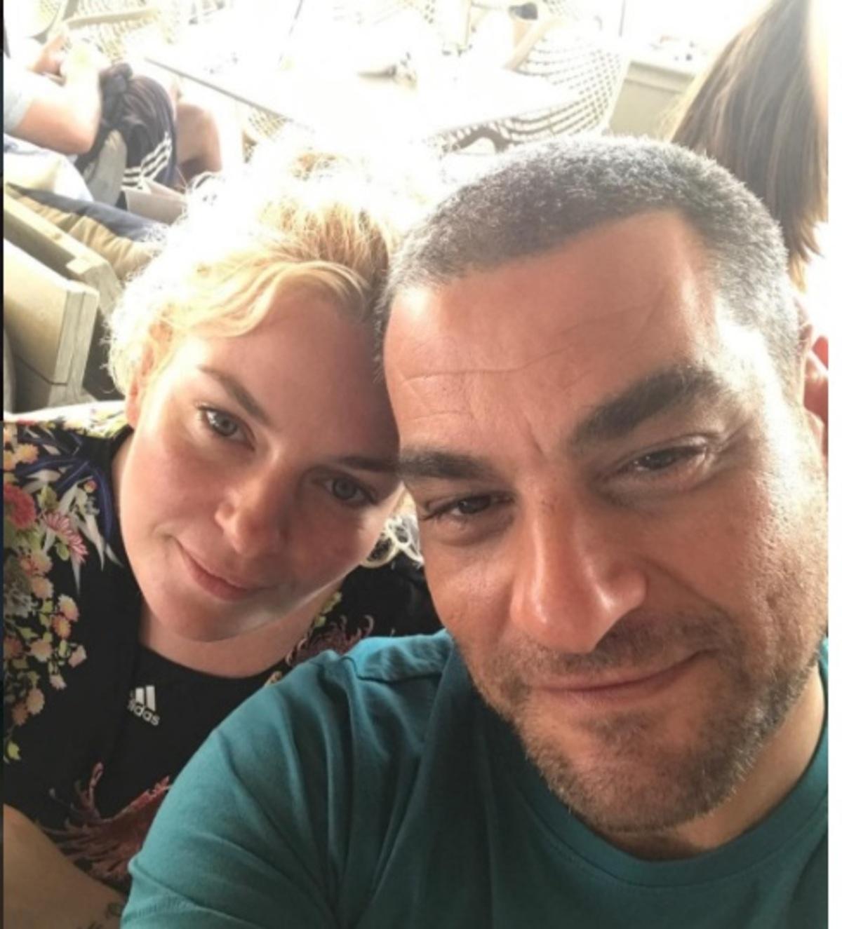 Ελισάβετ Μουτάφη: Στο σπίτι της στη Σαντορίνη full in love! [pics | Newsit.gr