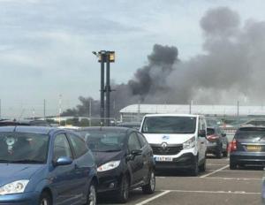 Έκρηξη κοντά στο αεροδρόμιο Southend – Υπό έλεγχο η φωτιά