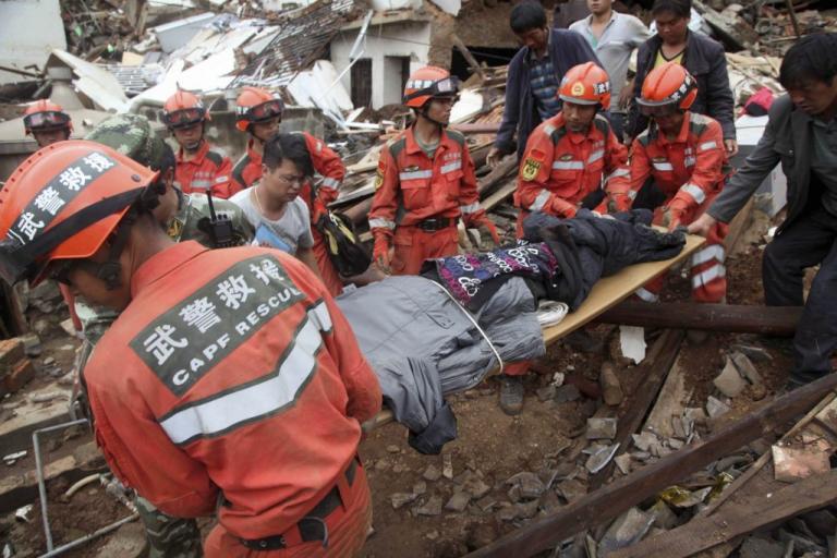 Σεισμός – τρόμος την Κίνα: 7 Ρίχτερ με νεκρούς και τραυματίες | Newsit.gr