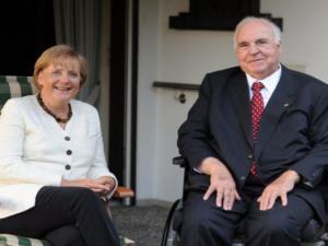 Μέρκελ: Αγνοεί την χήρα του Χέλμουτ Κολ! Το παρασκήνιο της κηδείας
