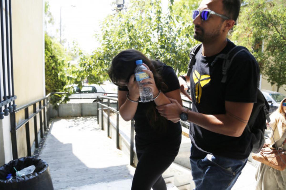 Ισόβια στην φόνισσα του Κορωπίου – Ερευνάται για ψευδορκία ο εραστής της κατηγορουμένης και σύζυγος του θύματος | Newsit.gr