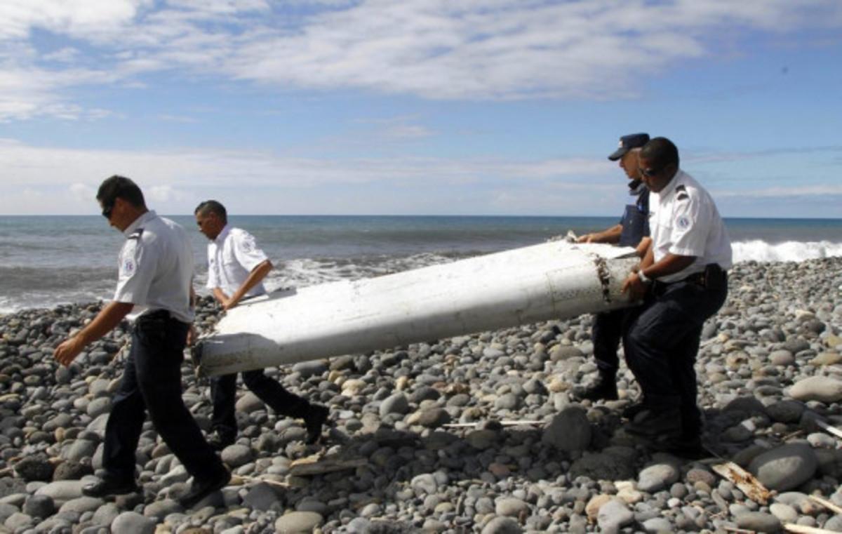MH370: Συνεχίζονται οι διαπραγματεύσεις για επανεκκίνηση των ερευνών   Newsit.gr