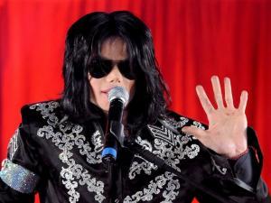 «Ο Μάικλ Τζάκσον ζει»! Η «απόδειξη» στους Simpsons