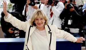 """Ζαν Μορό: Το αντίο του Μακρόν στη """"φλογερή γυναίκα της αριστεράς"""""""