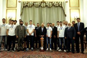 Προκόπης Παυλόπουλος στην Εθνική νέων: «Το εμείς ξεπέρασε το εγώ»