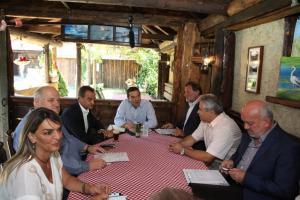 Πρέσπες: Παρέμβαση Τσίπρα για λύση στις κατοικίες, χωρίς τίτλους κυριότητας
