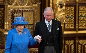 Κίνηση ματ από Ελισάβετ! Παραίτηση στα 95 – Βασιλιάς σε όλα εκτός από το όνομα ο Κάρολος!
