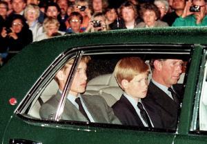 Συγκλονίζουν Γουίλιαμ και Χάρι για Νταϊάνα – Τι έγινε στην κηδεία [vid]