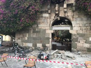 Σεισμός στην Κω: Πρωινό οδοιπορικό 12 λεπτών στο νησί – Φοβερές εικόνες