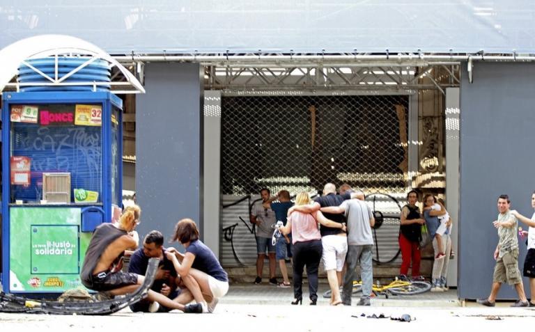 Επίθεση στη Βαρκελώνη: «Ούρλιαζε για τα παιδιά της» – Σοκαριστική μαρτυρία | Newsit.gr