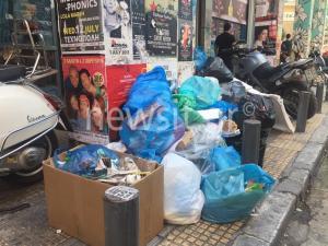 20.000 τόνοι σκουπιδιών στους δρόμους – Βήμα πίσω δεν κάνει η ΠΟΕ-ΟΤΑ