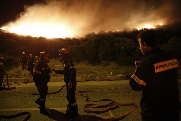 Βλέπουν σχέδιο εμπρησμών σε όλη τη χώρα πίσω από τις φωτιές | Newsit.gr