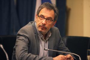 Παραιτείται ο Διονύσης Τσακνής από την ΕΡΤ;