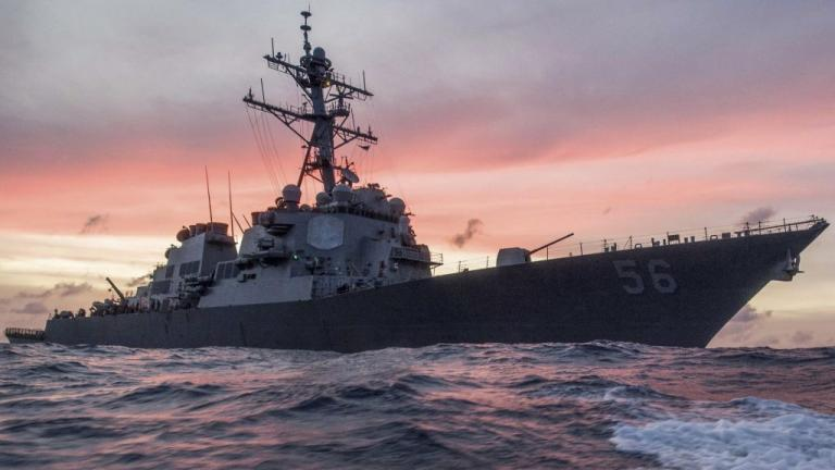 Αγωνία για 10 Αμερικανούς ναυτικούς – Αγνοούνται μετά τη σύγκρουση αντιτορπιλικού με φορτηγό πλοίο | Newsit.gr