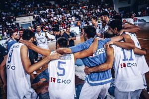 Ευρωμπάσκετ Νέων Ανδρών: Με συρτάκι πανηγύρισαν οι παίκτες της Εθνικής [vid]