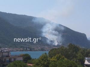 Μεγάλη φωτιά στα Καμένα Βούρλα [pics, vid]