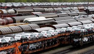 """""""Βουτιά"""" για τις γερμανικές εξαγωγές τον Ιούνιο"""