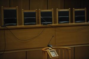 Οργή δικαστών – Απαντούν στις επιθέσεις της κυβέρνησης στη δικαιοσύνη