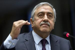 Ακιντζί: »Η Τουρκία να συνεχίσει στο δρόμο που χάραξε ο Κεμάλ»