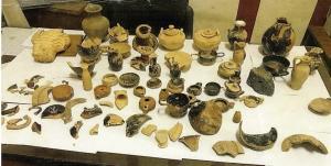 Ήθελε να πουλήσει στην Ελλάδα κλεμμένα αρχαία της Λιβύης – Πώς τον έπιασαν