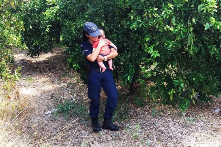 Ναύπλιο: Η κίνηση της αστυνομικού που ράγισε καρδιές! [pics, vid]   Newsit.gr