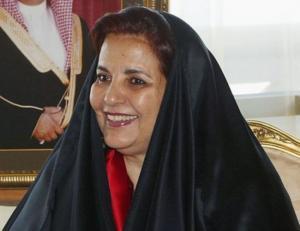 Ναύπλιο: Η βασίλισσα του Μπαχρέιν, το πλωτό της παλάτι και οι διακοπές χλιδής που συνεχίζονται [vid]