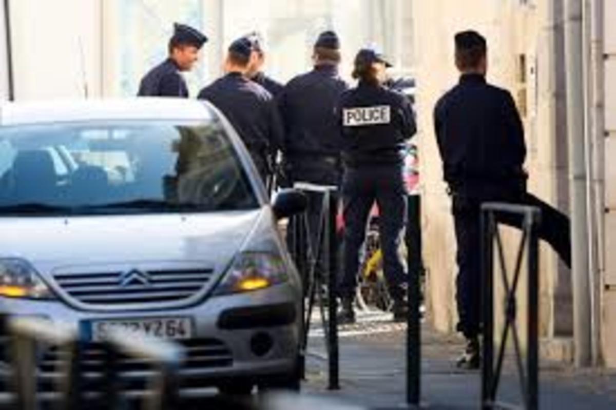 Προφυλακίστηκαν οι Έλληνες που μετέφεραν κοκαΐνη με φουσκωτά στη Γαλλία