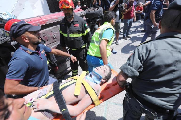 Τσίρο, ένας μικρός ήρωας – Έσωσε τον αδερφό του, καθοδήγησε τους διασώστες [pics, vids]   Newsit.gr