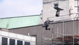 «Τσακίστηκε» ο Τομ Κρουζ, σταματά το Mission: Impossible 6 [vids]