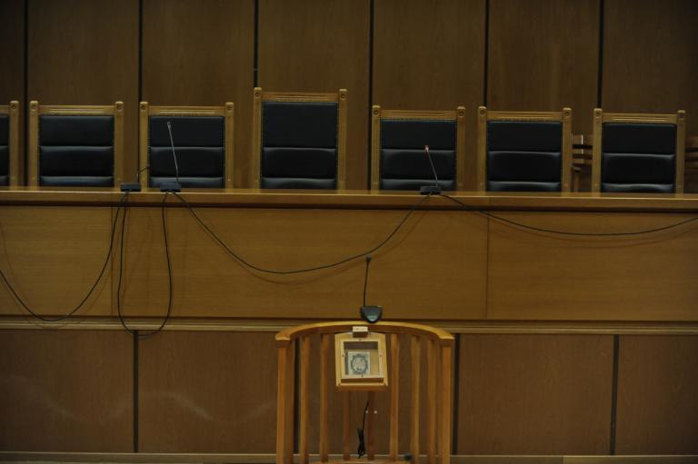 Energa: Ελεύθερη η κρατούμενη που είχε κόψει το »βραχιολάκι» και είχε αποδράσει | Newsit.gr