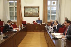 Εξεταστική: Βαριές καταγγελίες για μυστικές συναντήσεις με μάρτυρες