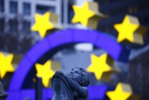 Reuters: Η ΕΚΤ προτιμά να μην ανακοινώσει ημερομηνία λήξης για την αγορά ομολόγων