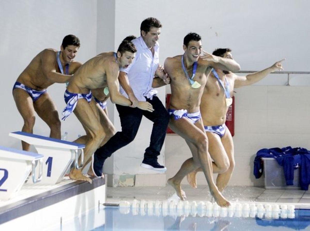 Εθνική Νέων πόλο: Τα «χρυσά» παιδιά του κόσμου έφτασαν στην Ελλάδα | Newsit.gr