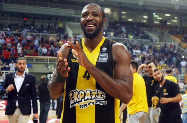 ΑΕΚ: «Κιτρινόμαυρος» κι επίσημα ο Ελόνου | Newsit.gr