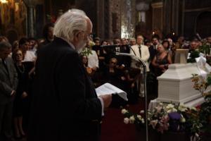 «Αντίο άγγελέ μου»: Ο σπαρακτικός επικήδειος του Αλέξανδρου Λυκουρέζου για τη Ζωή (του) [vid]