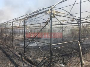 Μεγάλη φωτιά στην Πρέβεζα! Κάηκε εργοστάσιο! Κατευθύνεται προς το κλειστό γυμναστήριο [pics, vid]