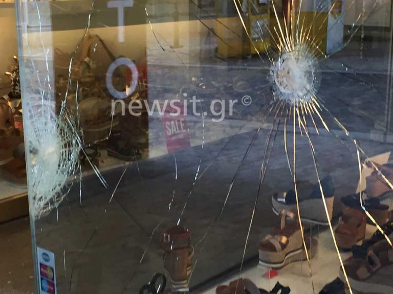 Οργή Καμίνη: «Αυτοί οι αλήτες ήρθαν και τα ρημάξανε!» | Newsit.gr
