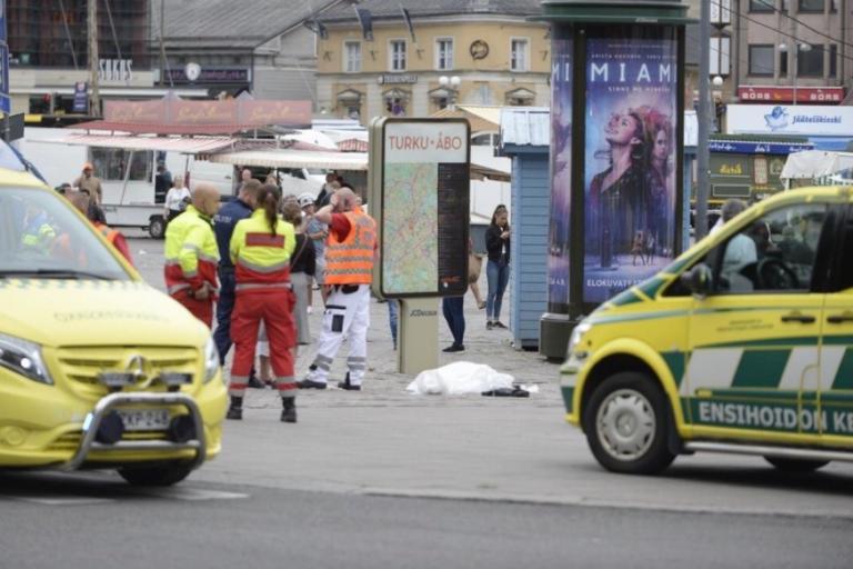 Φινλανδία: Συναγερμός στο Τούρκου! Μαχαίρωσαν περαστικούς – «Πολλοί τραυματίες» | Newsit.gr