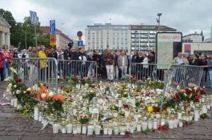Επίθεση στη Φινλανδία: Ενός λεπτού σιγή για τα θύματα στην Τούρκου