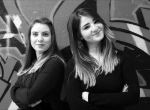 Θεσσαλονίκη: Το φόρεμα που σχεδίασαν έκανε τις δύο φοιτήτριες διάσημες και εκτός ΑΠΘ [pics]