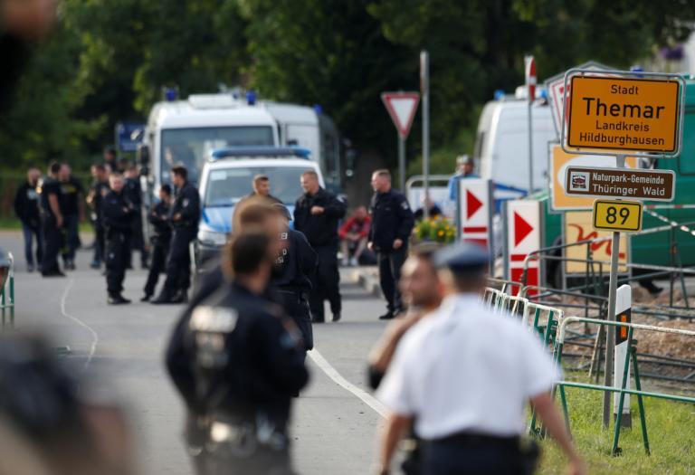 Ένοπλος εισέβαλε σε σχολείο σε πόλη της Γερμανίας | Newsit.gr