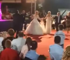 Τρίκαλα: Ο χορός γαμπρού και νύφης μπροστά σε 3.000 καλεσμένους – Το αδιαχώρητο στη δεξίωση [vids]