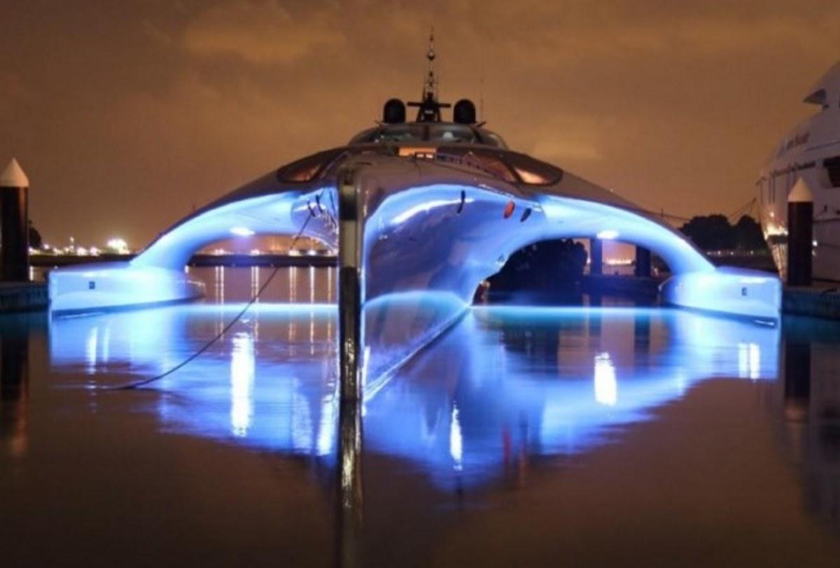 Κέρκυρα: Μαγεύει η εκπληκτική θαλαμηγός που μπορεί να οδηγηθεί και από iPad [pics] | Newsit.gr